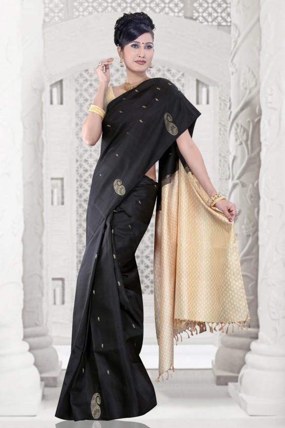 Simple Black Kancheepuram saree