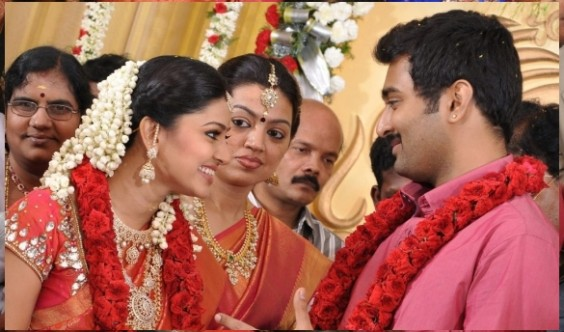 f074df2e4d South Indian Actress Sneha – Prasanna Marriage Reception Pics