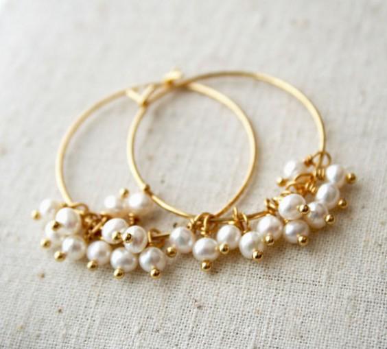 Pearl Earrings from Laura Stark etsy