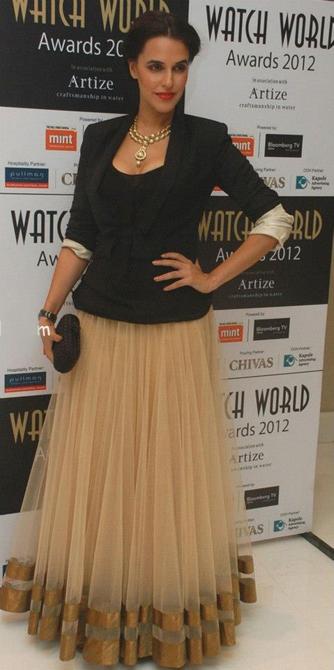 Neha Dhupia in an Anita Dongre skirt