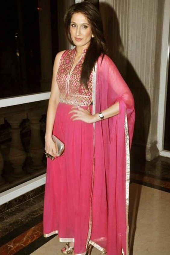 Pretty in Pink! Sagarika Ghatge in an Anita Dongre ensemble