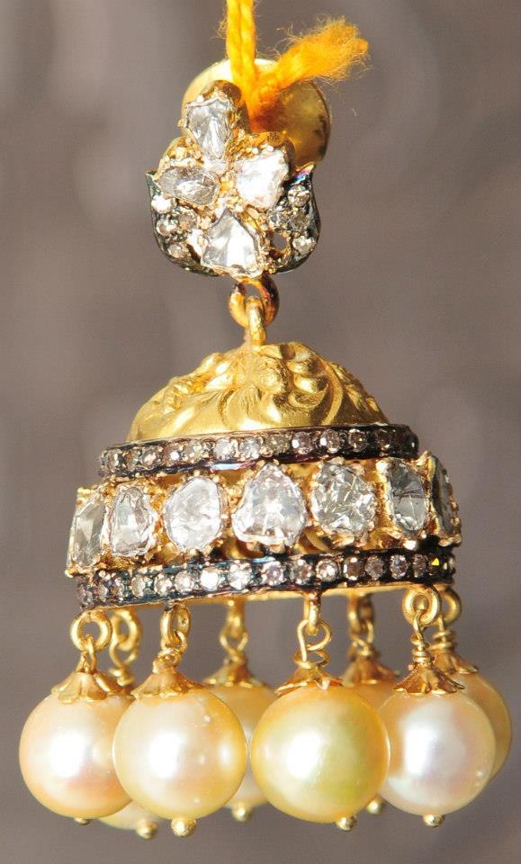 ruby-emeralds-uncut-gold-jhumkas