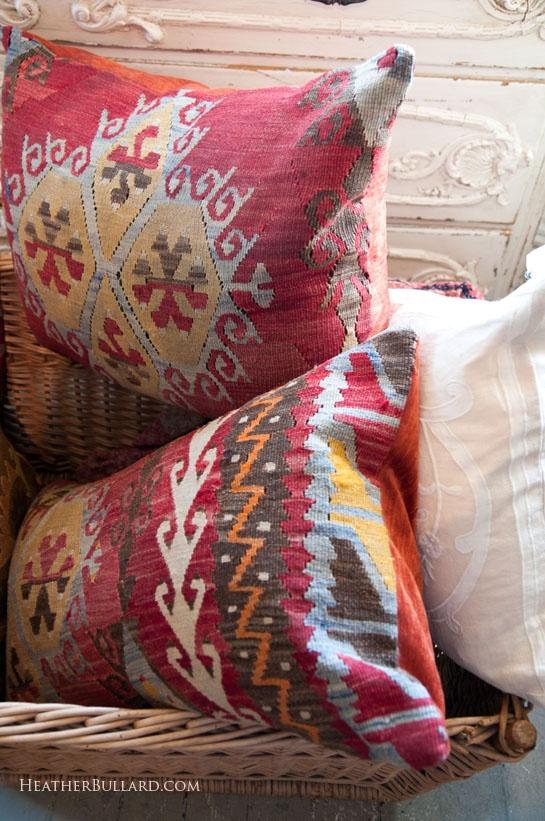 chairs-cushions-plumo