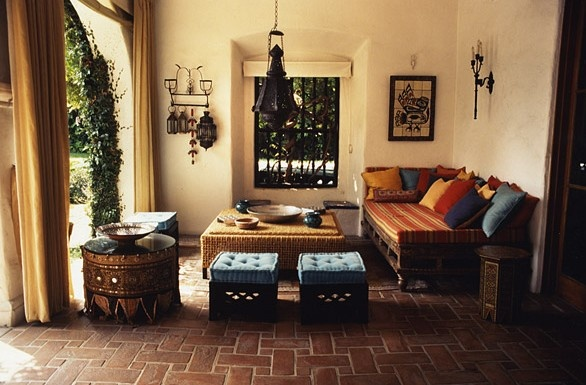 Ethnic indian living room interiors for Indian ethnic living room designs