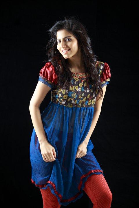 salwars-lehengas-from-shrishti-latha-puttanna