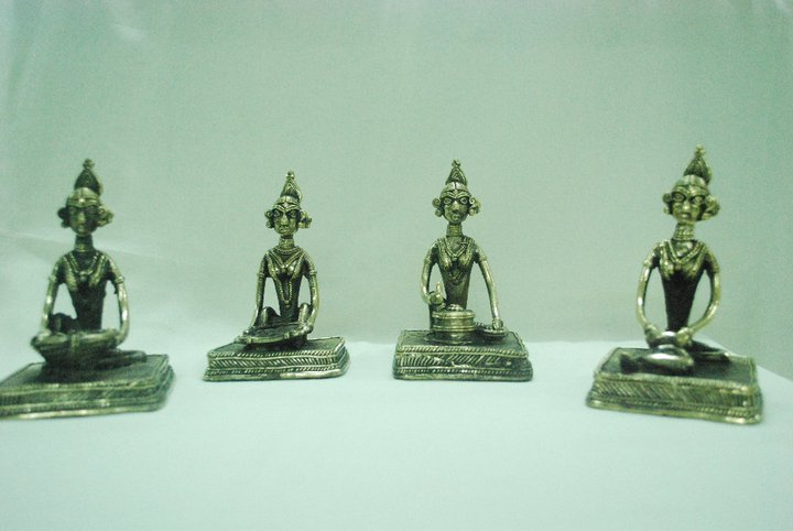 tribal-art-home-decoratives-chattisgarh-chinhhariarts