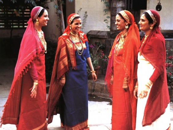 Kodava-coorg-women-in-traditional-attire
