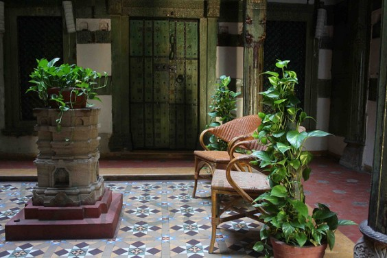 athangudi_tiles_chettinadu_interiors