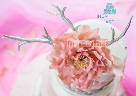 innovative-wedding-cupcakes-decor-by-rumana-jaseel