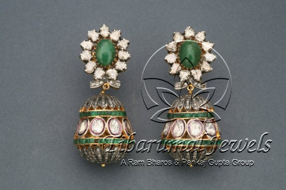 emerald-kundan-earrings