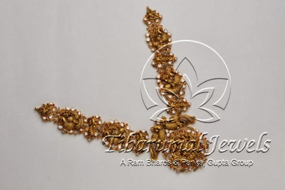gold_peacocks_lakshmi_pendant_tibarumals