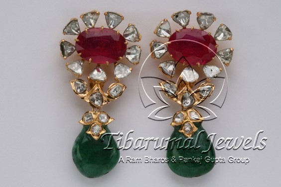 uncut-earrings-with-emerald-drops