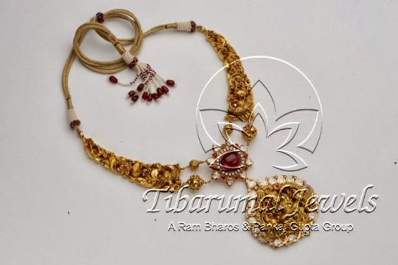 uncuts_rubies_lakshmi_pendant_tibarumals