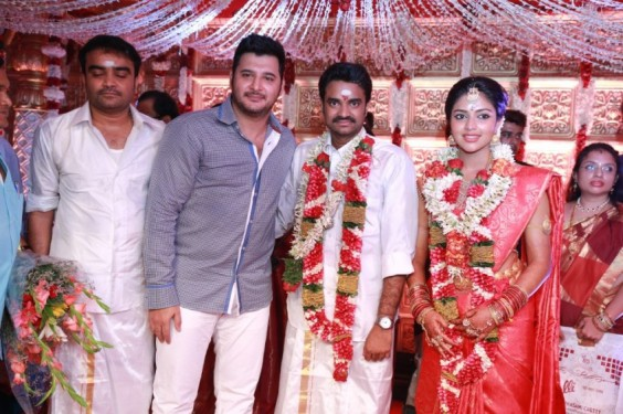 Abbas-At-Director-Vijay-Amala-Paul-Wedding-Photo-5