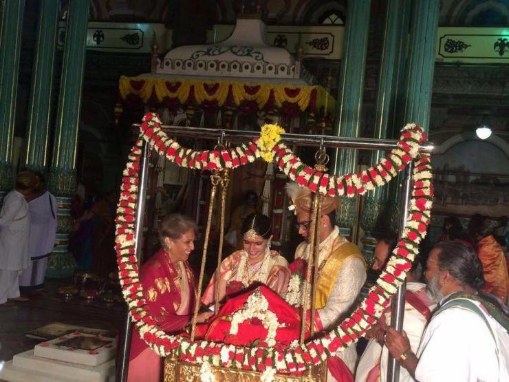 maharaja yadhuveer krishnadatta chamaraja wadiyar and trishika kumari marriage pics17