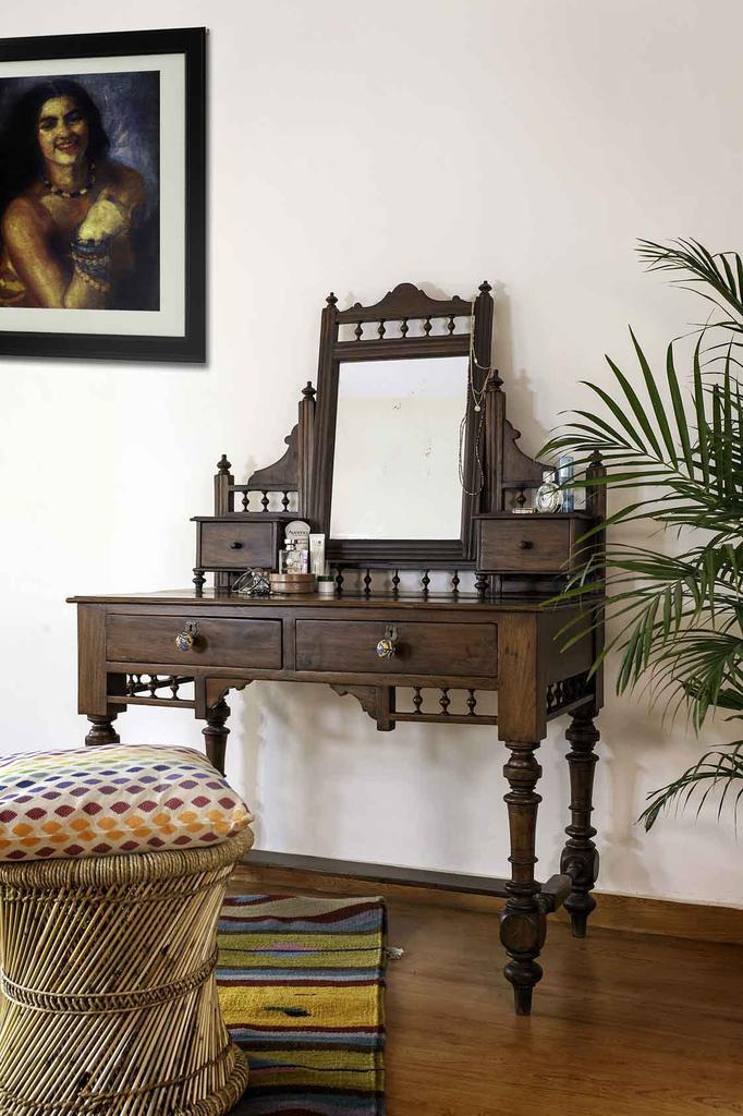 teakwood antique dressing table - Uniquely Crafted Antique Furniture - Auraz Designs